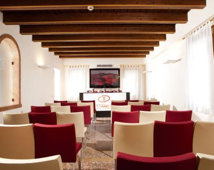Discover the conference rooms in the Best Western Titian Inn Hotel Treviso and organize your events in Treviso - Silea