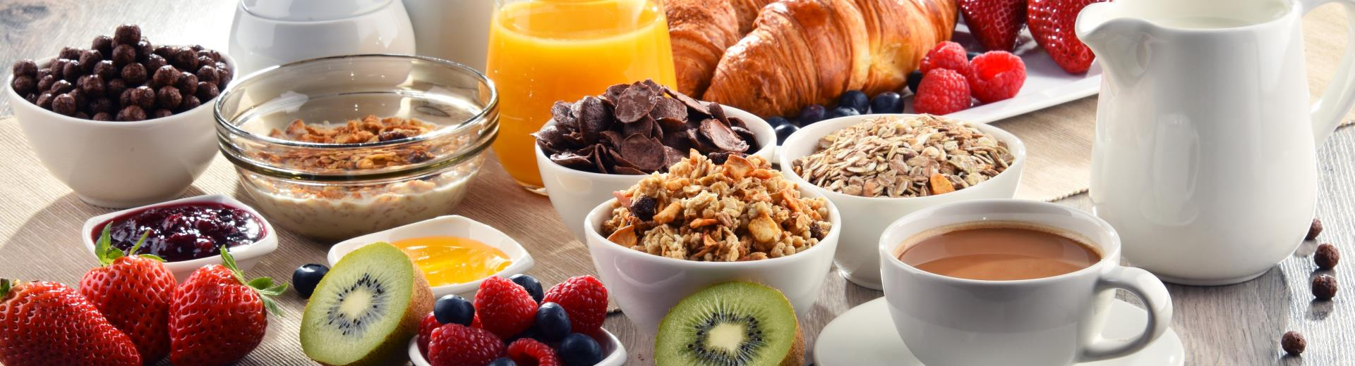 For members of Best Western Rewards ® Platinum, Diamond and Diamond Select breakfast is free!